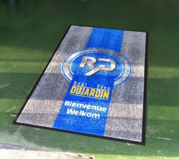 Tapis personnalisé Real Dujardin, tapis absorbant Mouscron